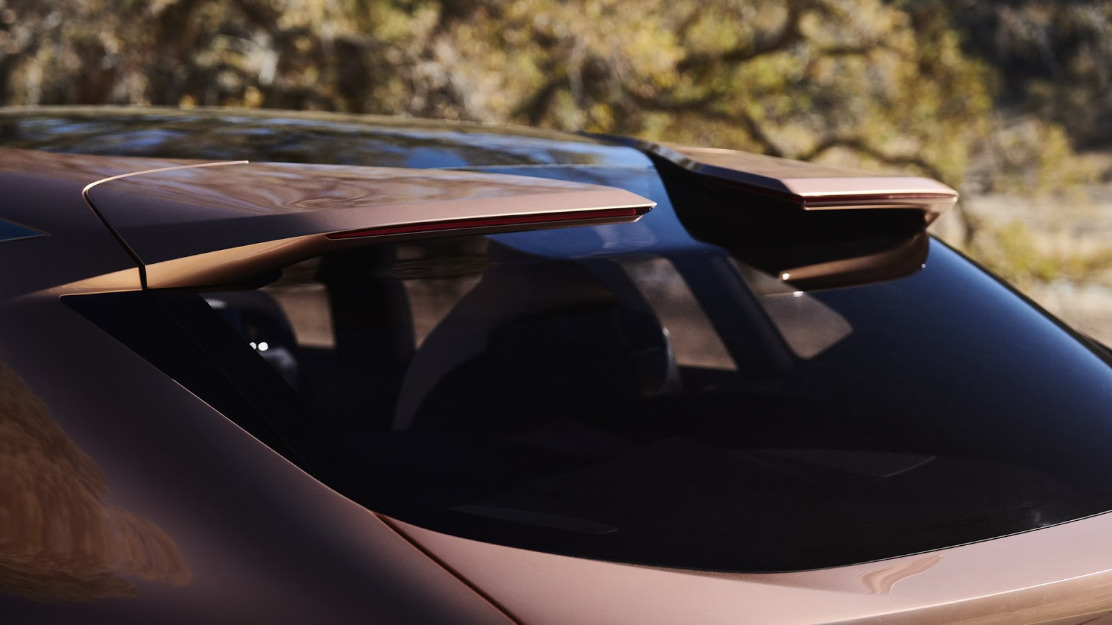 Lexus-LF-1-37