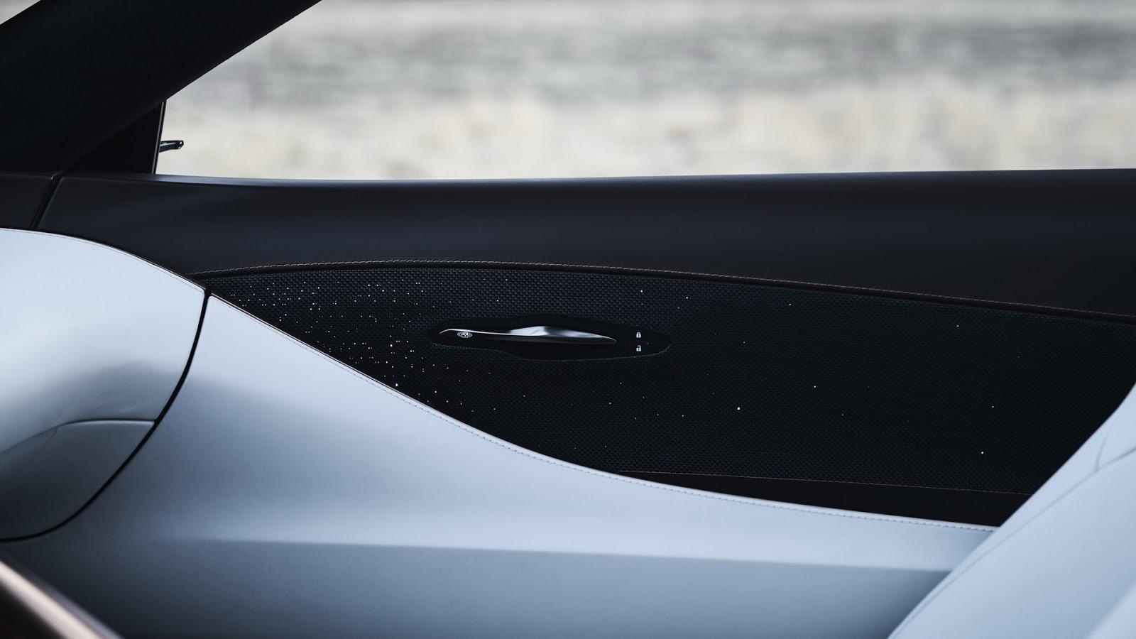 Lexus-LF-1-42