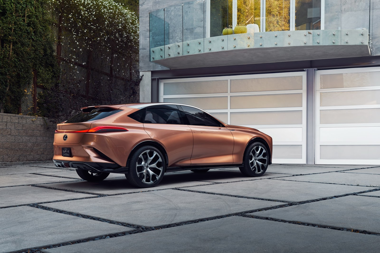 Lexus-LF1-L303