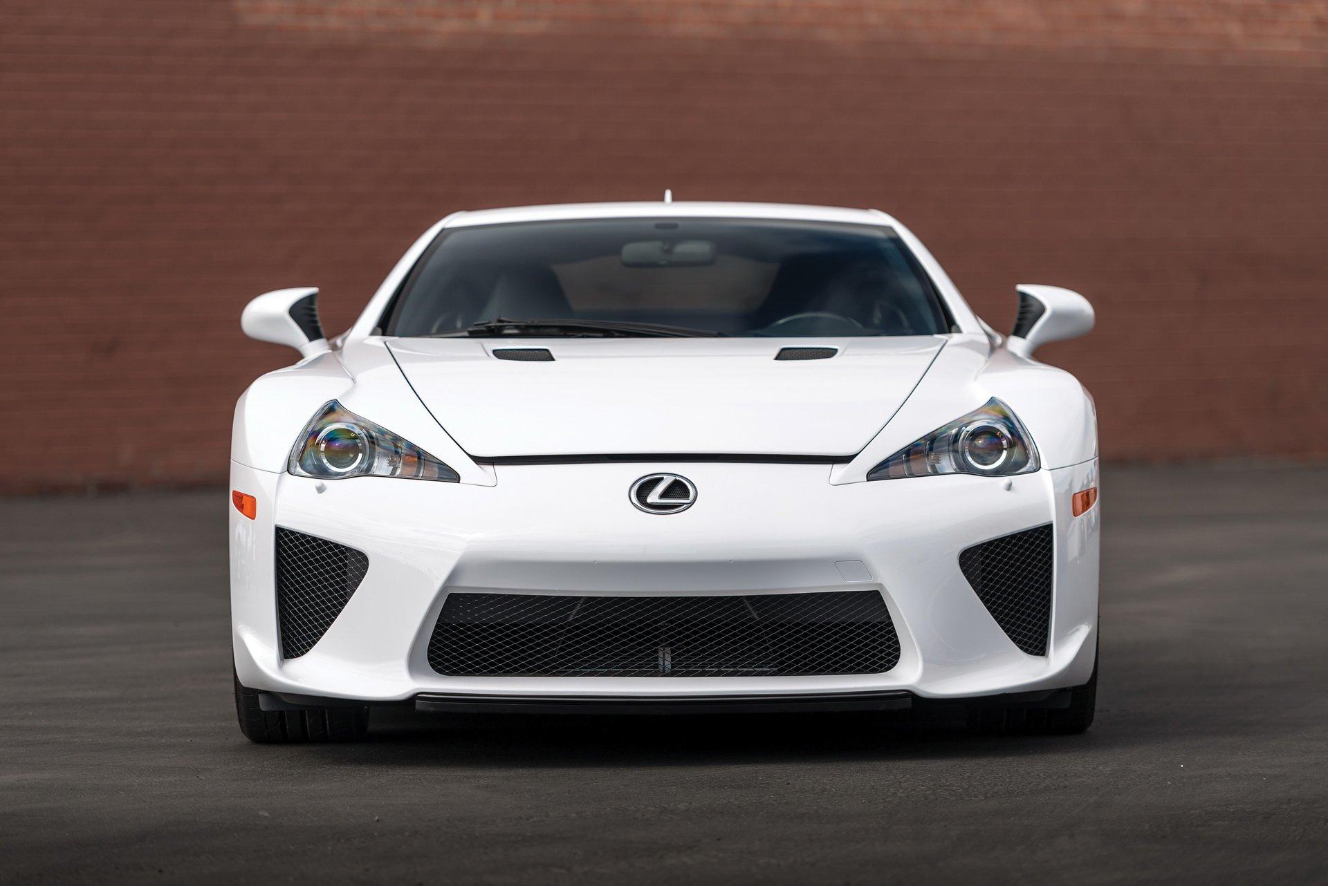 Lexus LFA for sale 9