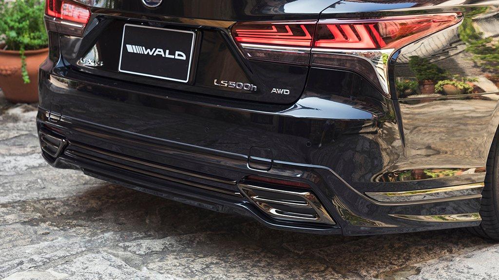 Lexus LS by Wald International (10)