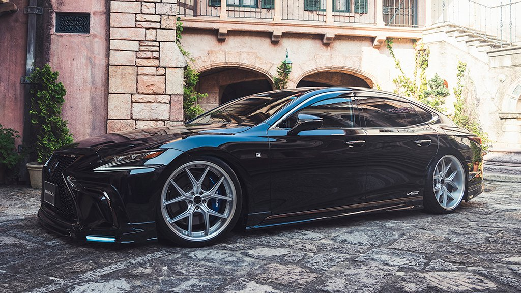 Lexus LS by Wald International (11)