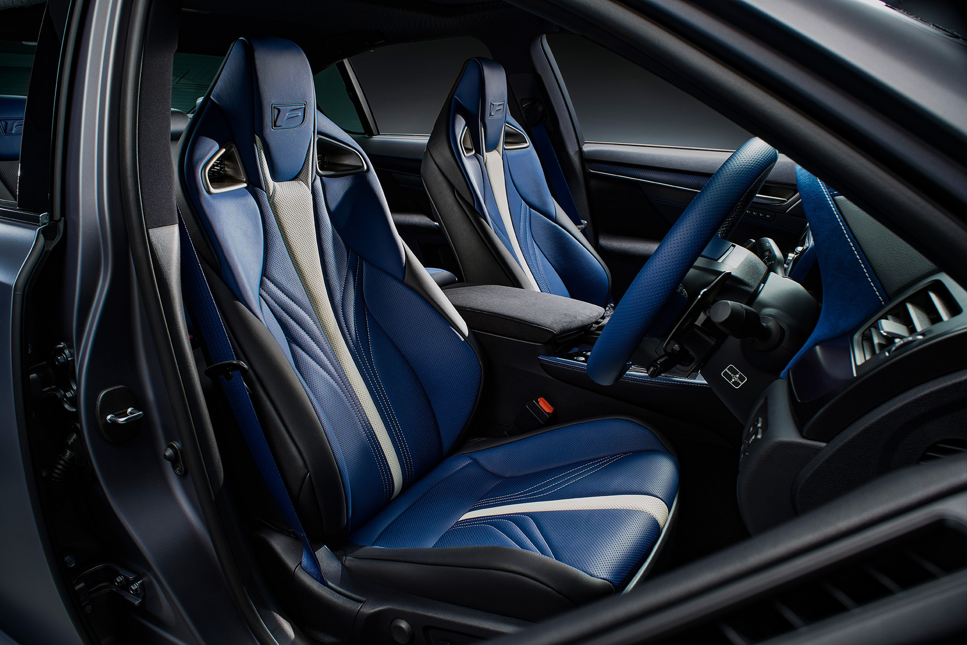 Lexus RC F, GS F special editions (33)