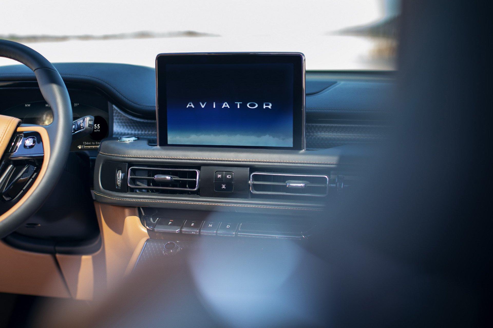 Lincoln Aviator 2019 (22)