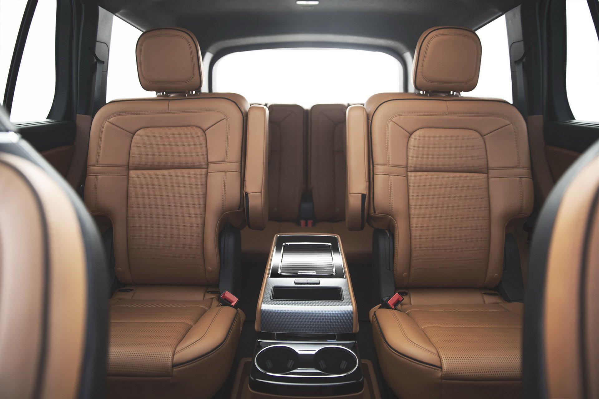 Lincoln Aviator 2019 (24)