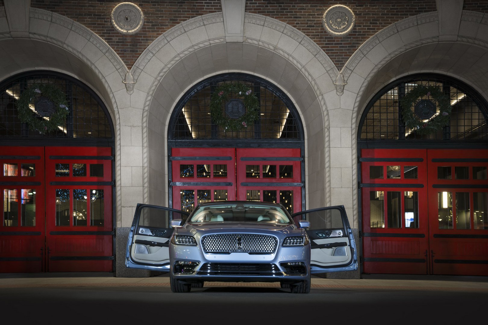 Lincoln Continental Coach Door Edition (1)