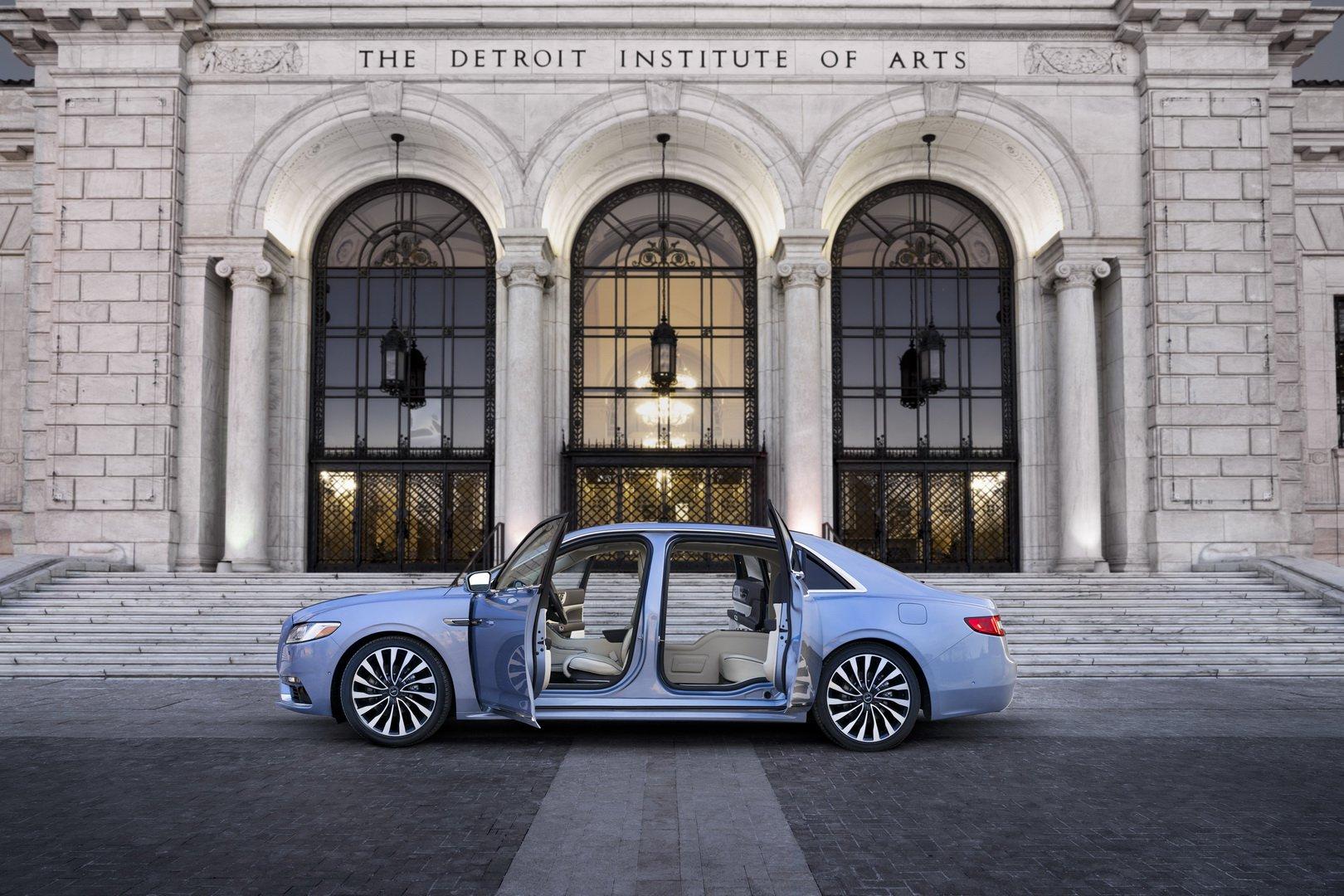 Lincoln Continental Coach Door Edition (11)