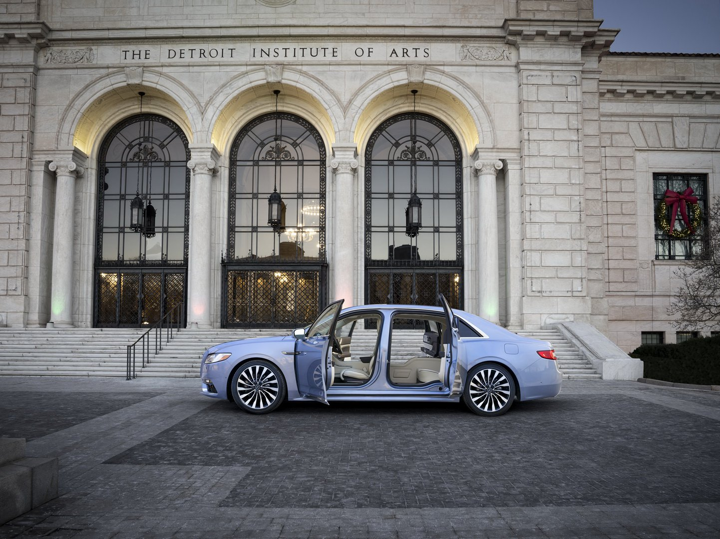 Lincoln Continental Coach Door Edition (12)