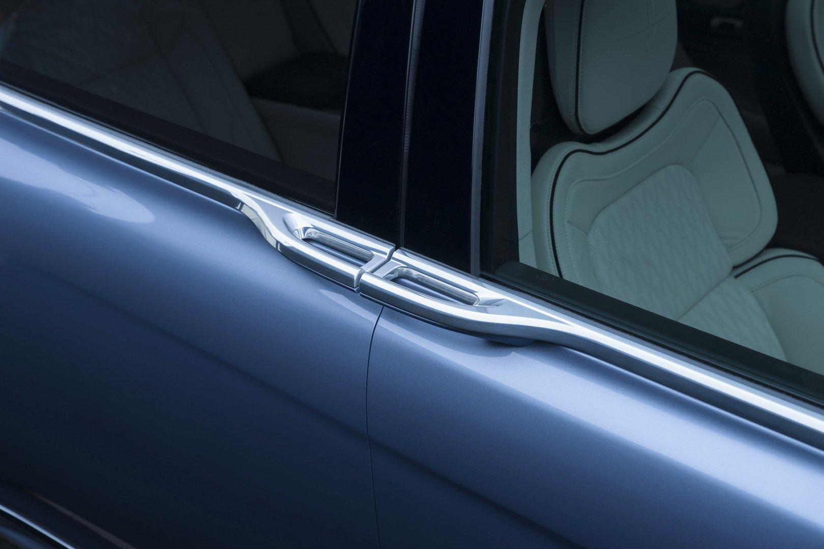 Lincoln Continental Coach Door Edition (26)