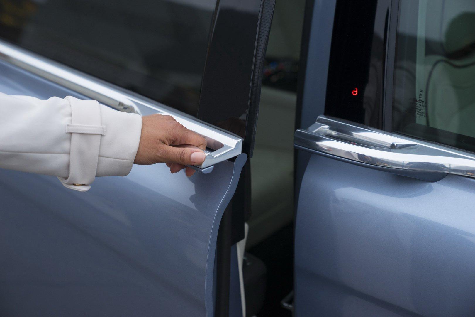 Lincoln Continental Coach Door Edition (28)