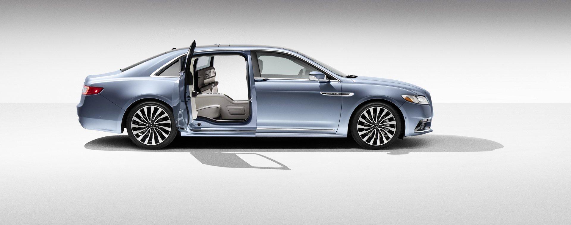 Lincoln Continental Coach Door Edition (45)