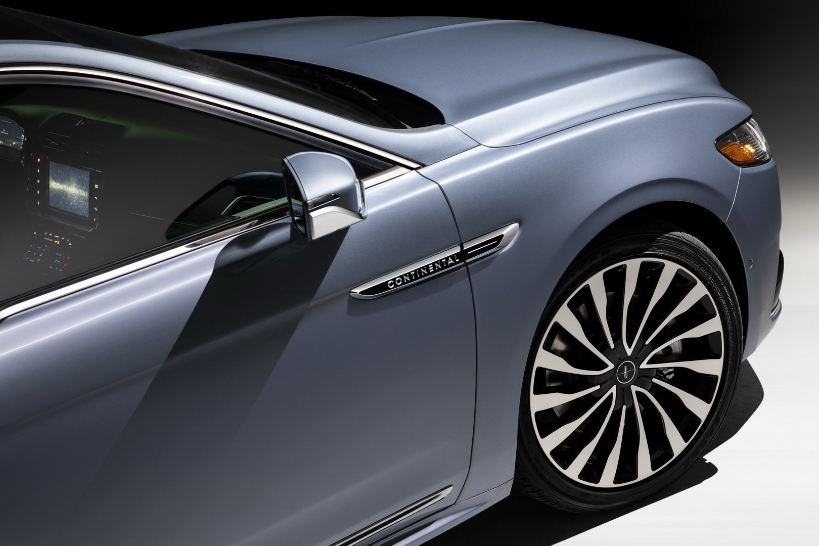 Lincoln Continental Coach Door Edition (52)