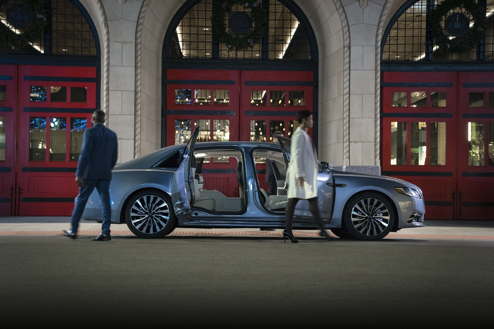 Lincoln Continental Coach Door Edition (7)