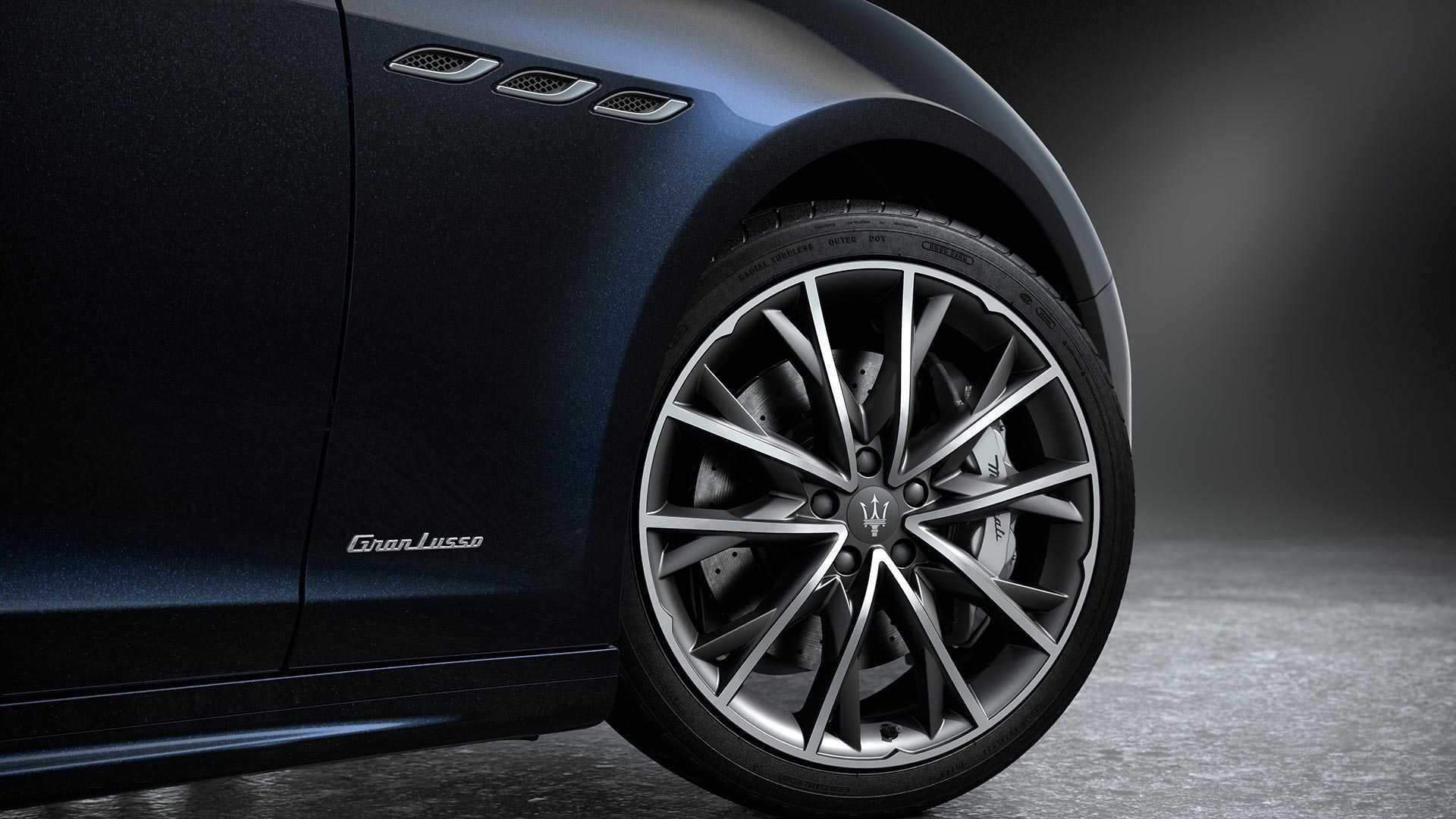 Maserati_Ghibli_Edizione_Nobile_package_00010001