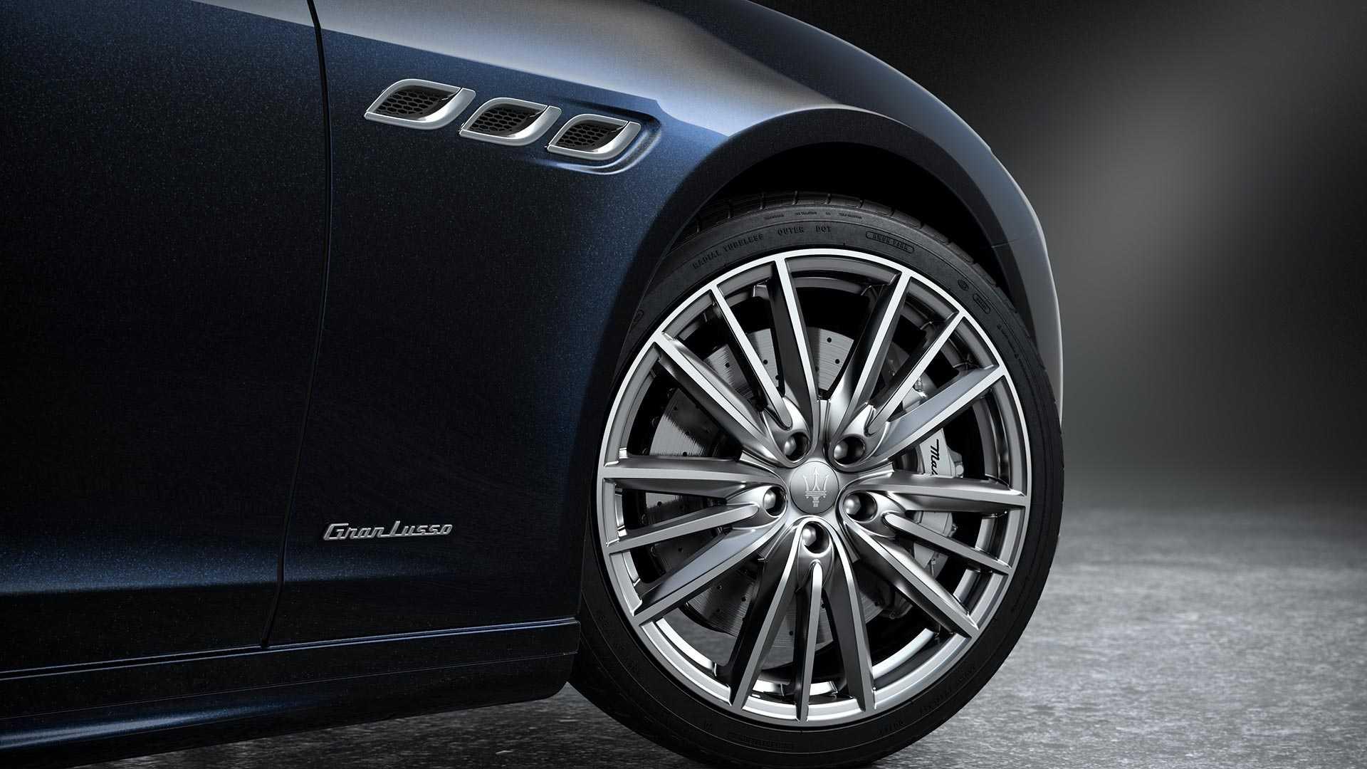 Maserati_Quattroporte_Edizione_Nobile_package_0001
