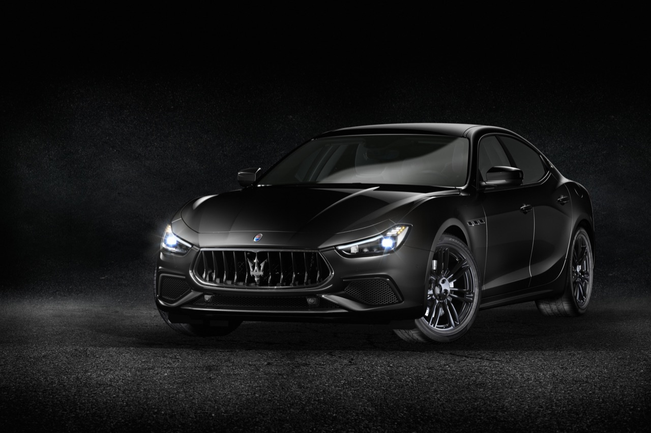Maserati-Geneve-Nerissimo-01