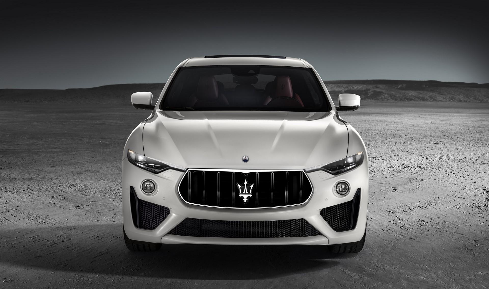 Maserati Levante GTS 2019 (2)