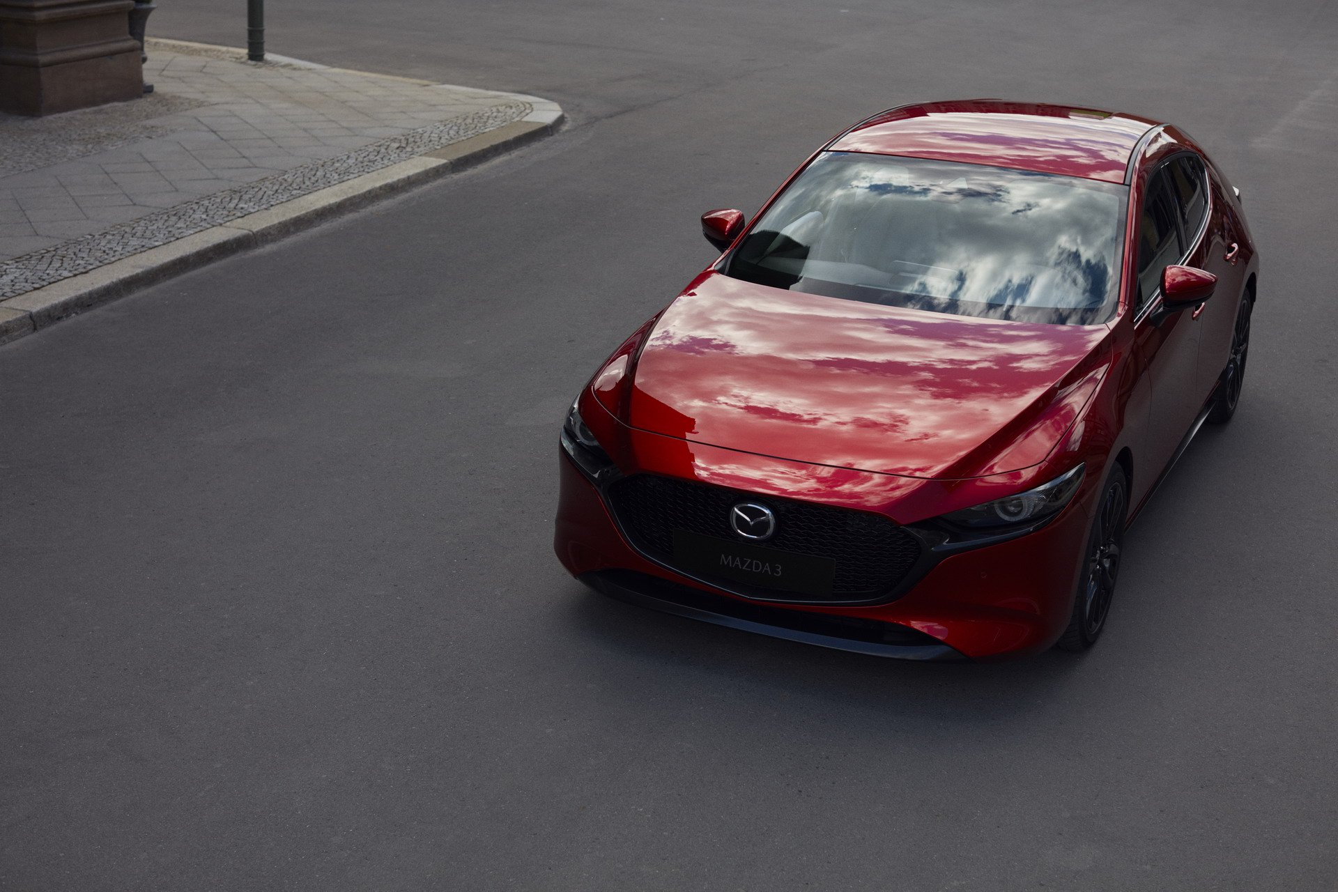 Mazda3 Hatchback and Mazda3 sedan 2019 (1)