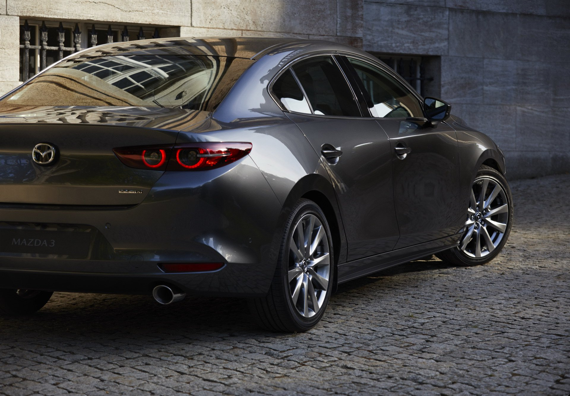 Mazda3 Hatchback and Mazda3 sedan 2019 (20)