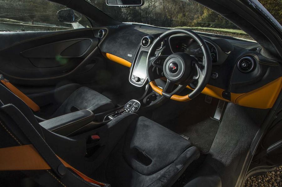 McLaren 570GT Sport Pack (4)
