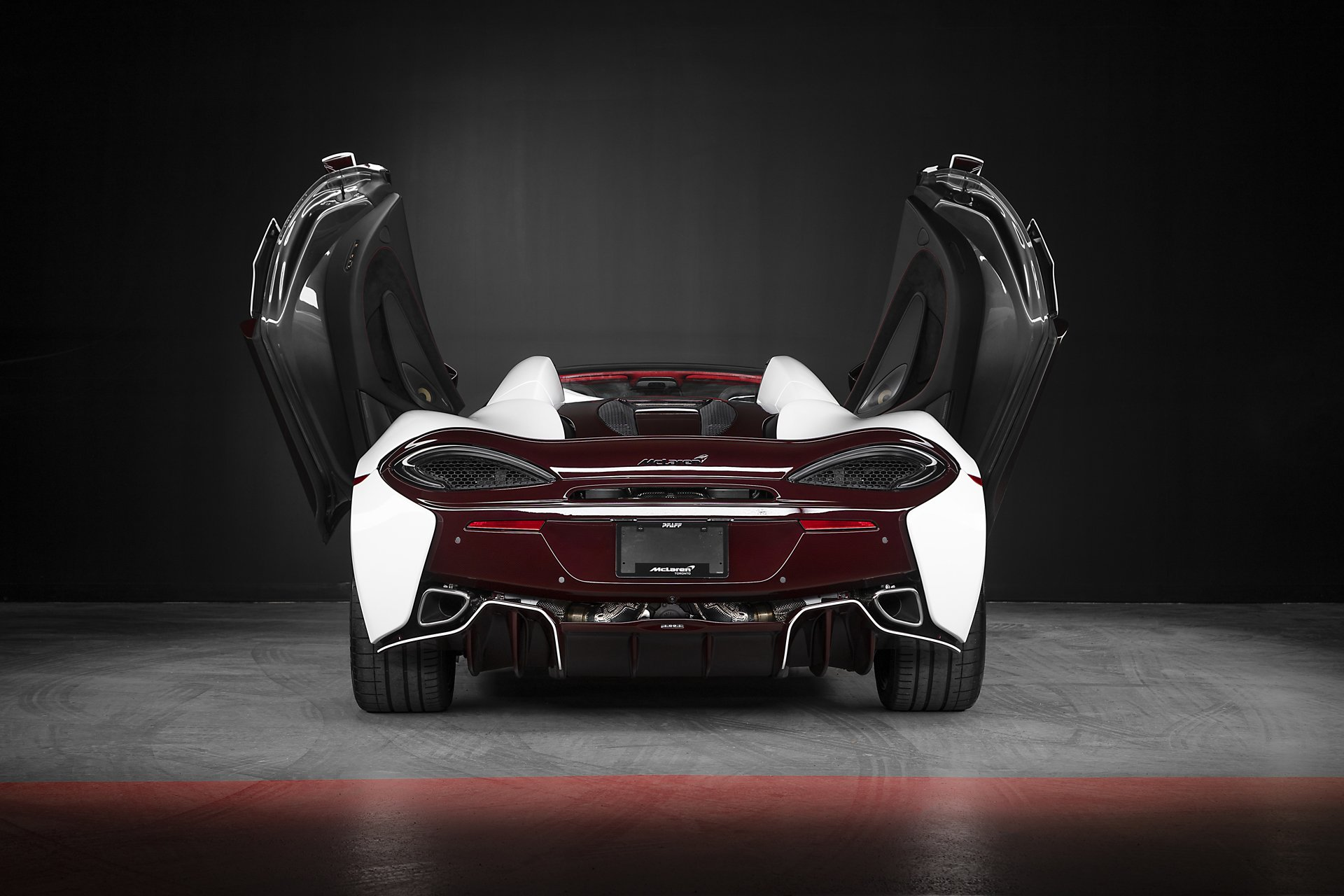 McLaren_570S_Spider_Canada_Commission_12