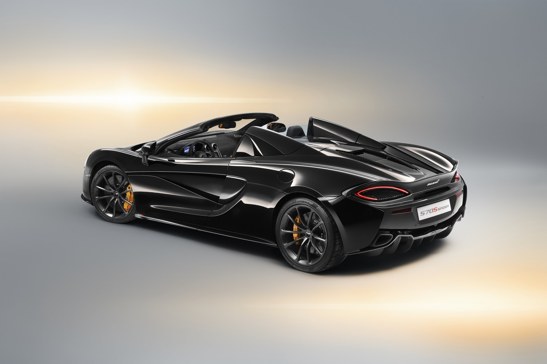 McLaren 570S Spider Design Edition (2)