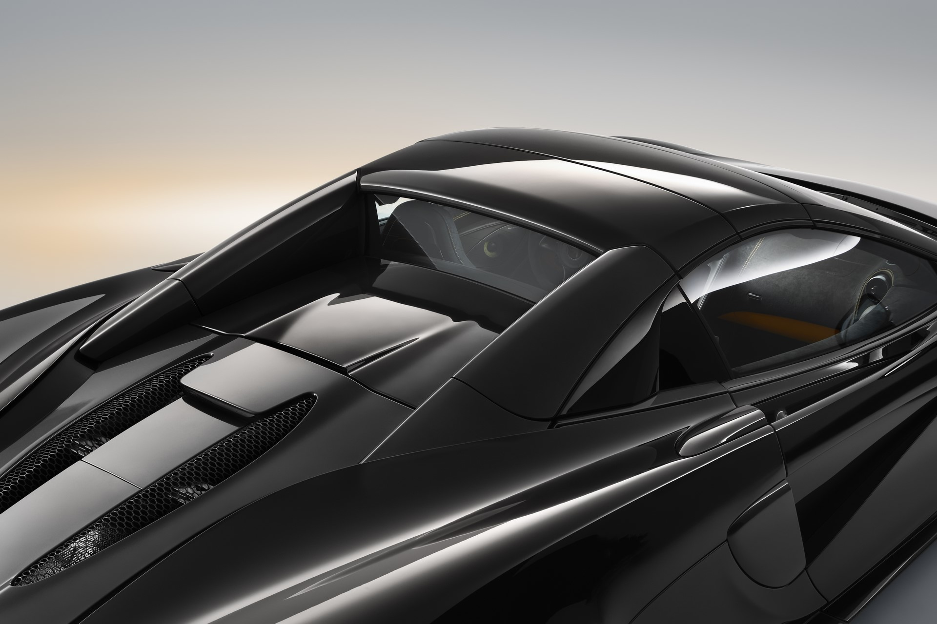 McLaren 570S Spider Design Edition (5)