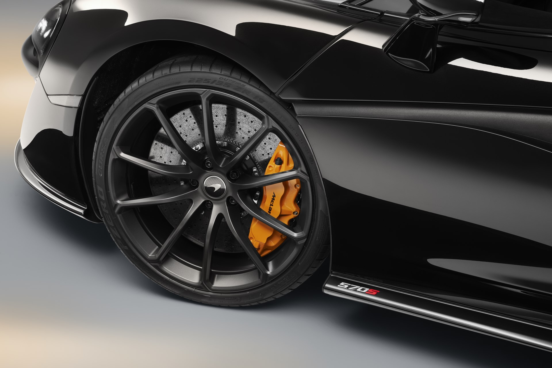 McLaren 570S Spider Design Edition (6)