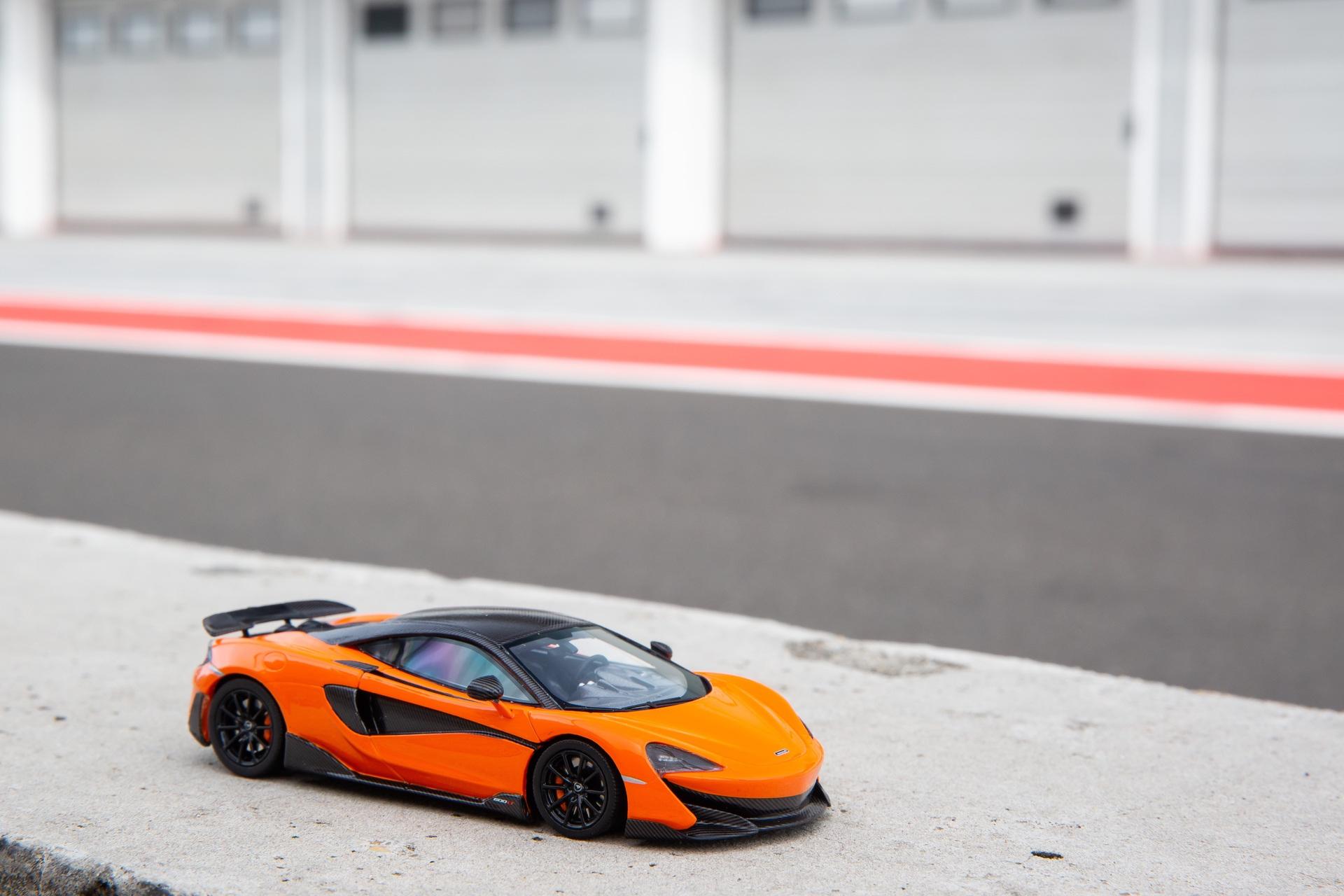 McLaren_600LT_miniature_0001