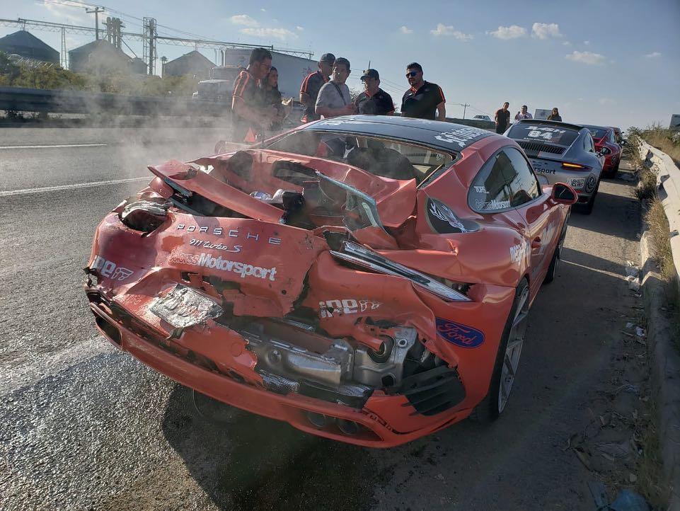 McLaren 650S And Porsche 911 Turbo S crashed (4)