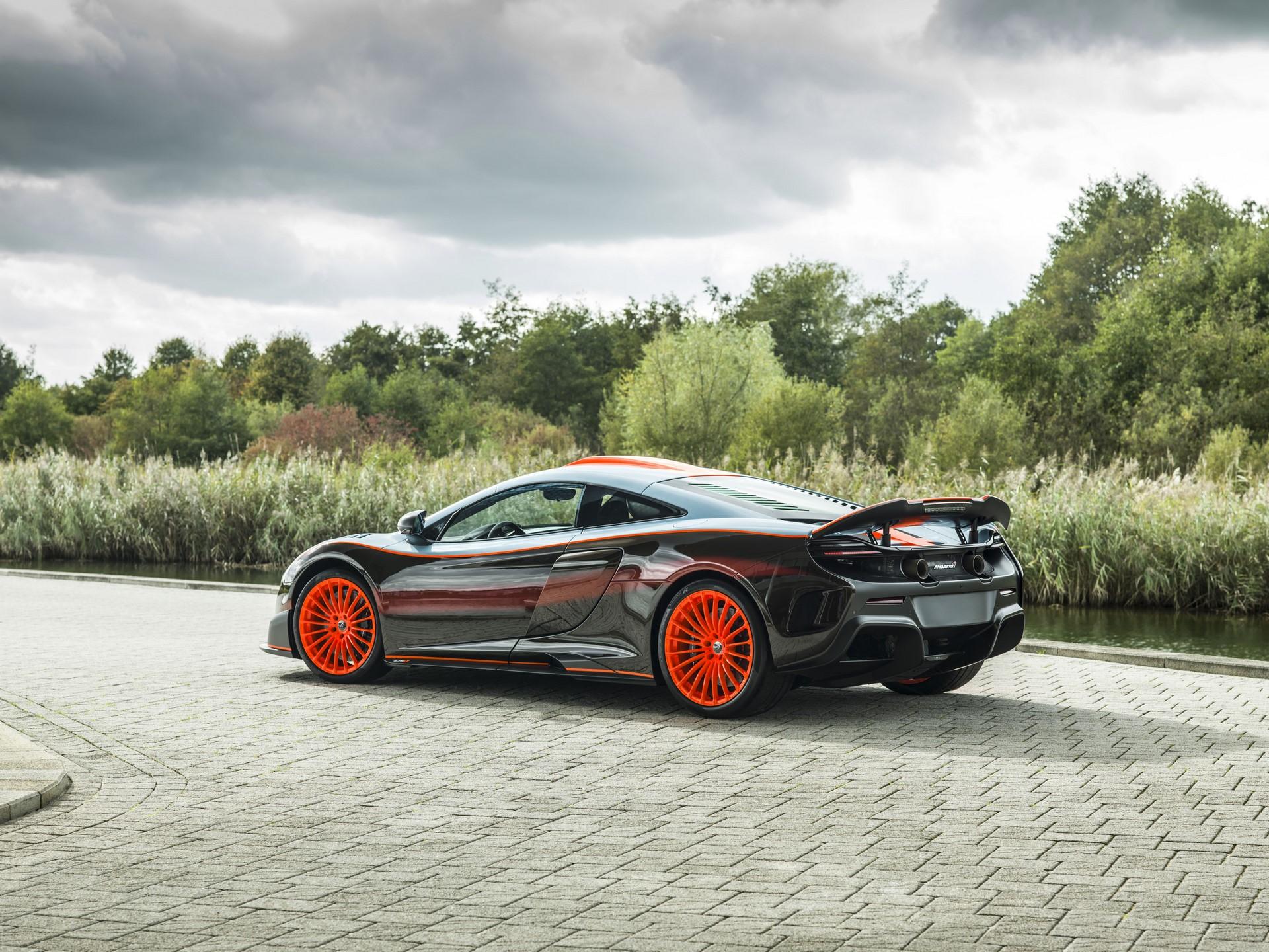 MSO Gulf Racing theme McLaren 675LT_02_exterior - resized_GF Williams