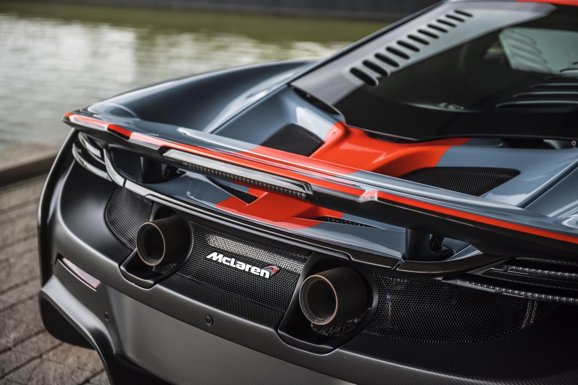 MSO Gulf Racing theme McLaren 675LT_08_rear wing resized