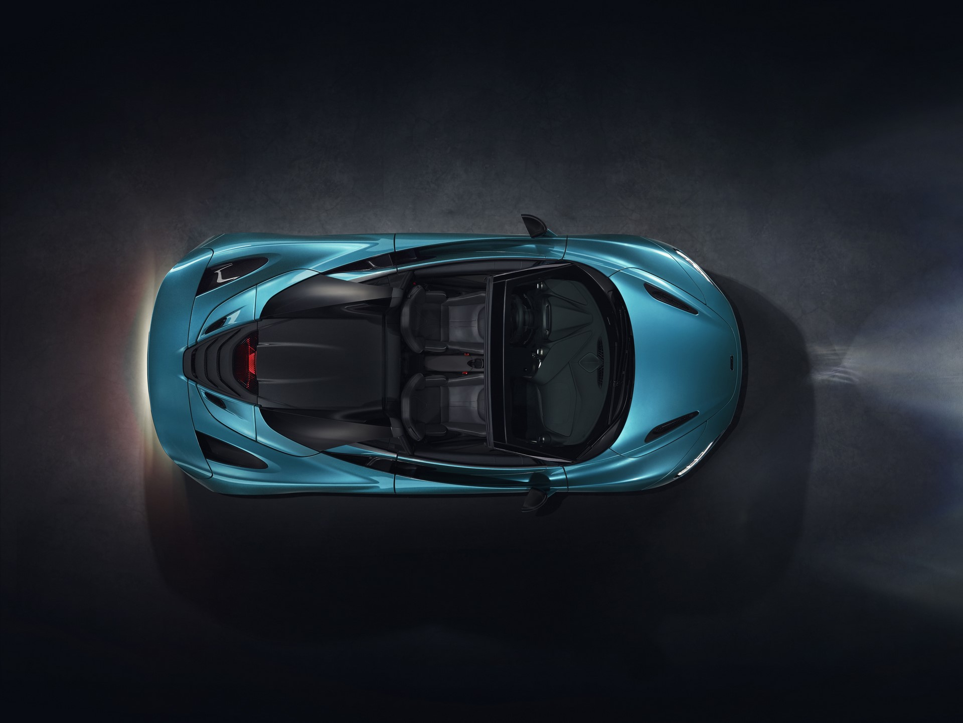 McLaren 720S Spider_Dec 2018_studio image 06
