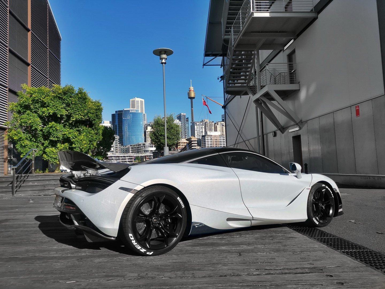 McLaren_720S_Velocita_by_DMC_0000