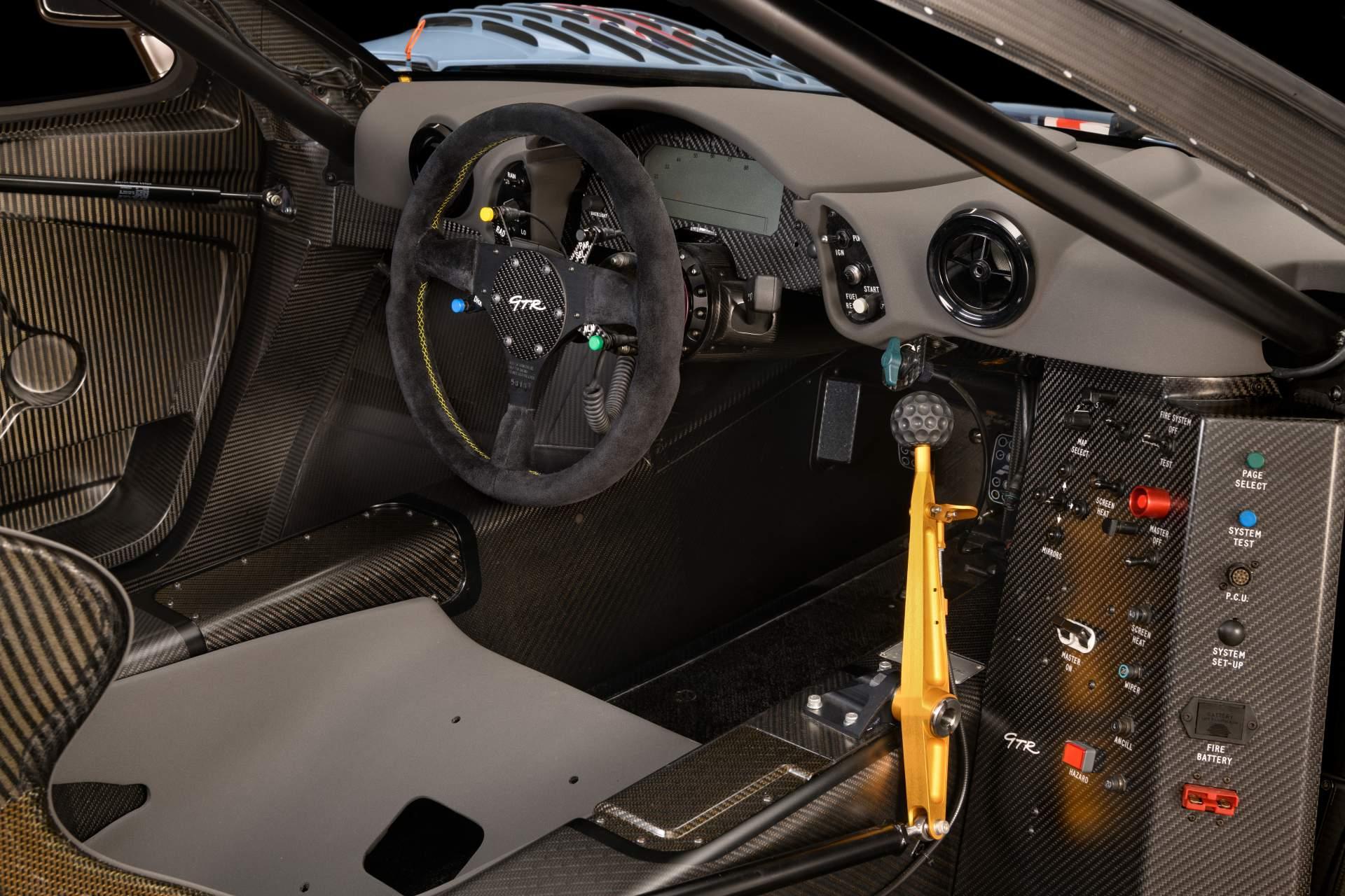 McLaren F1 GTR Longtail 25R restored by MSO (11)