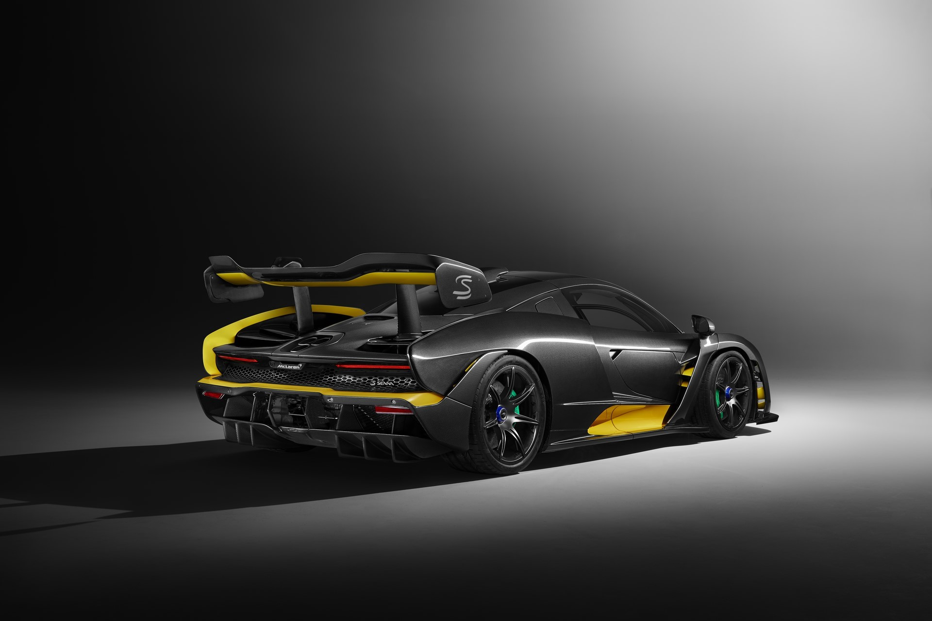 McLaren Senna Carbon Theme by MSO_02