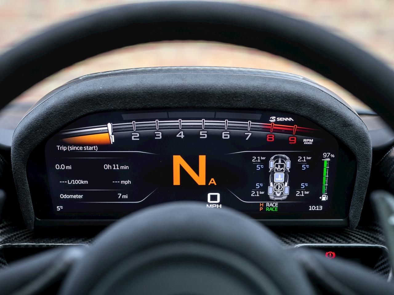 McLaren Senna for sale (18)