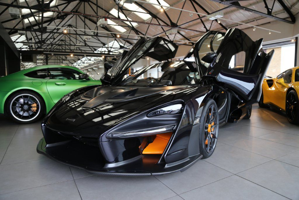 McLaren_Senna_for_sale_0014
