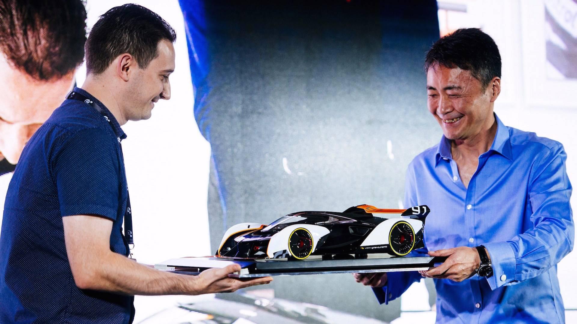 McLaren_Ultimate_Vision_GT_Amalgam_scale_0023