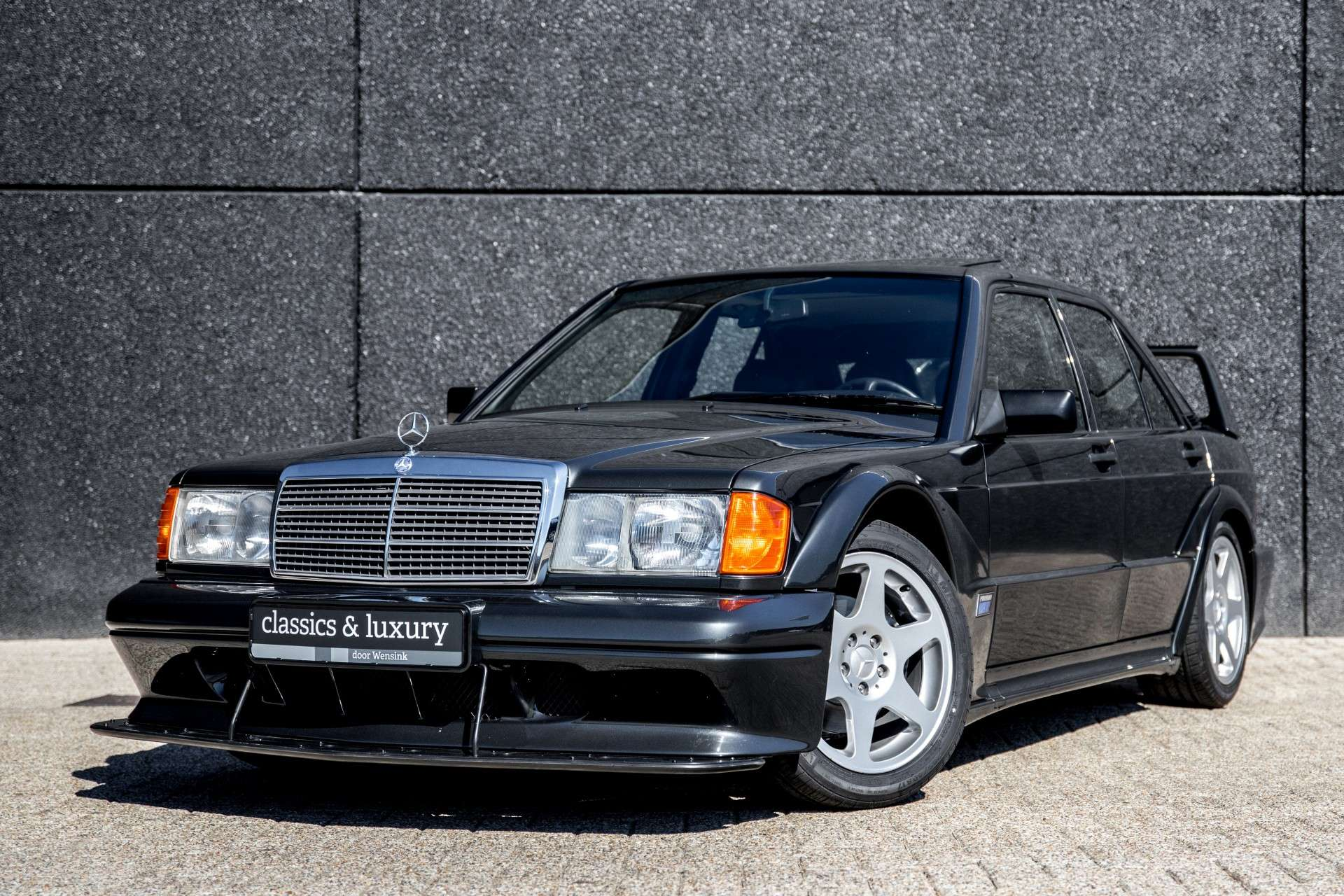 Mercedes_190_E_2.5-16_Evolution II_sale_01