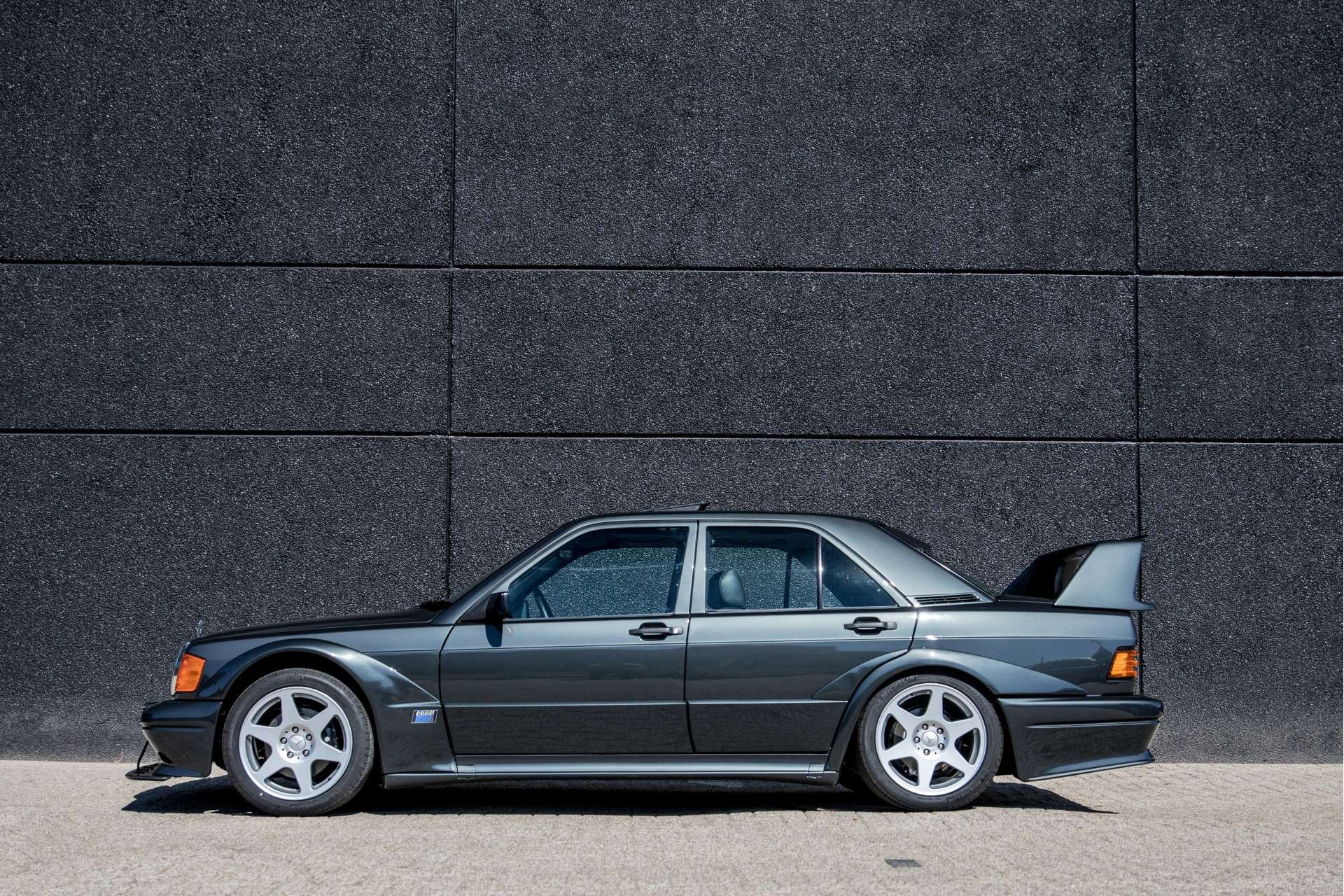 Mercedes_190_E_2.5-16_Evolution II_sale_08
