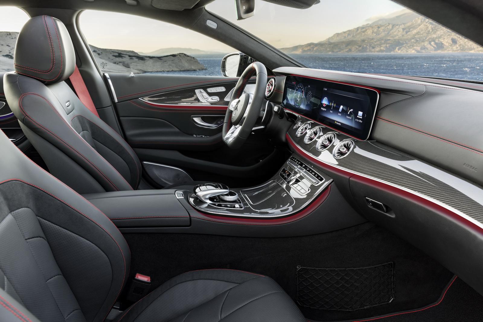 Mercedes-AMG CLS 53 4MATIC+Interieur: Leder Nappa schwarz mit roten ZiernähtenExterieur: Graphitgrau // Interior: Nappa leather black with red stichingExterior: Graphite Grey(Kraftstoffverbrauch kombiniert: 8,4 l/100 km; CO2-Emissionen kombiniert: 200 g/km)(fuel consumption combined: 8.4 l/100 km; CO2 emissions combined: 200 g/km)