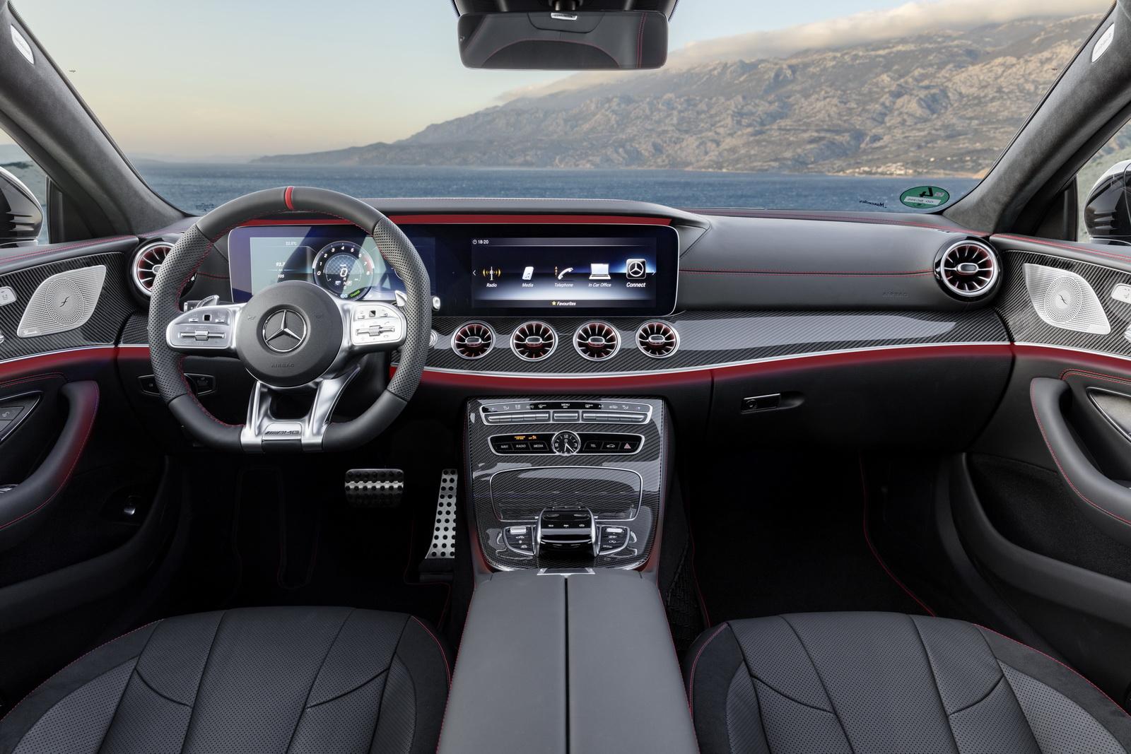 Mercedes-AMG CLS 53Interieur: Leder Nappa schwarz mit roten ZiernähtenExterieur: Graphitgrau // Interior: Nappa leather black with red stichingExterior: Graphite Grey