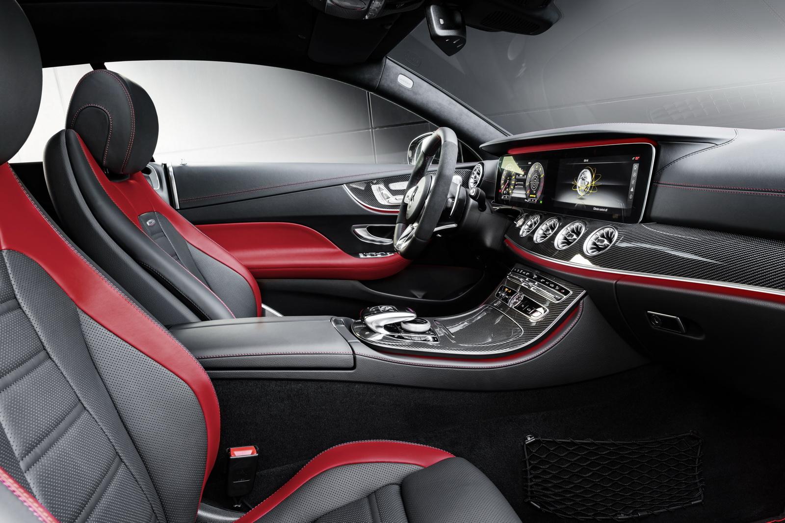 Mercedes-AMG E 53 4MATIC+ CoupéExterieur: Obsidianschwarz metallic Interieur: Polsterung Leder Nappa Schwarz/Classicrot //Exterior: Obsidian black metallicInterior: Upholstery nappa leather black/classic red (Kraftstoffverbrauch kombiniert: 8,4 l/100 km; CO2-Emissionen kombiniert: 200 g/km)(fuel consumption combined: 8.4 l/100 km; CO2 emissions combined: 200 g/km)