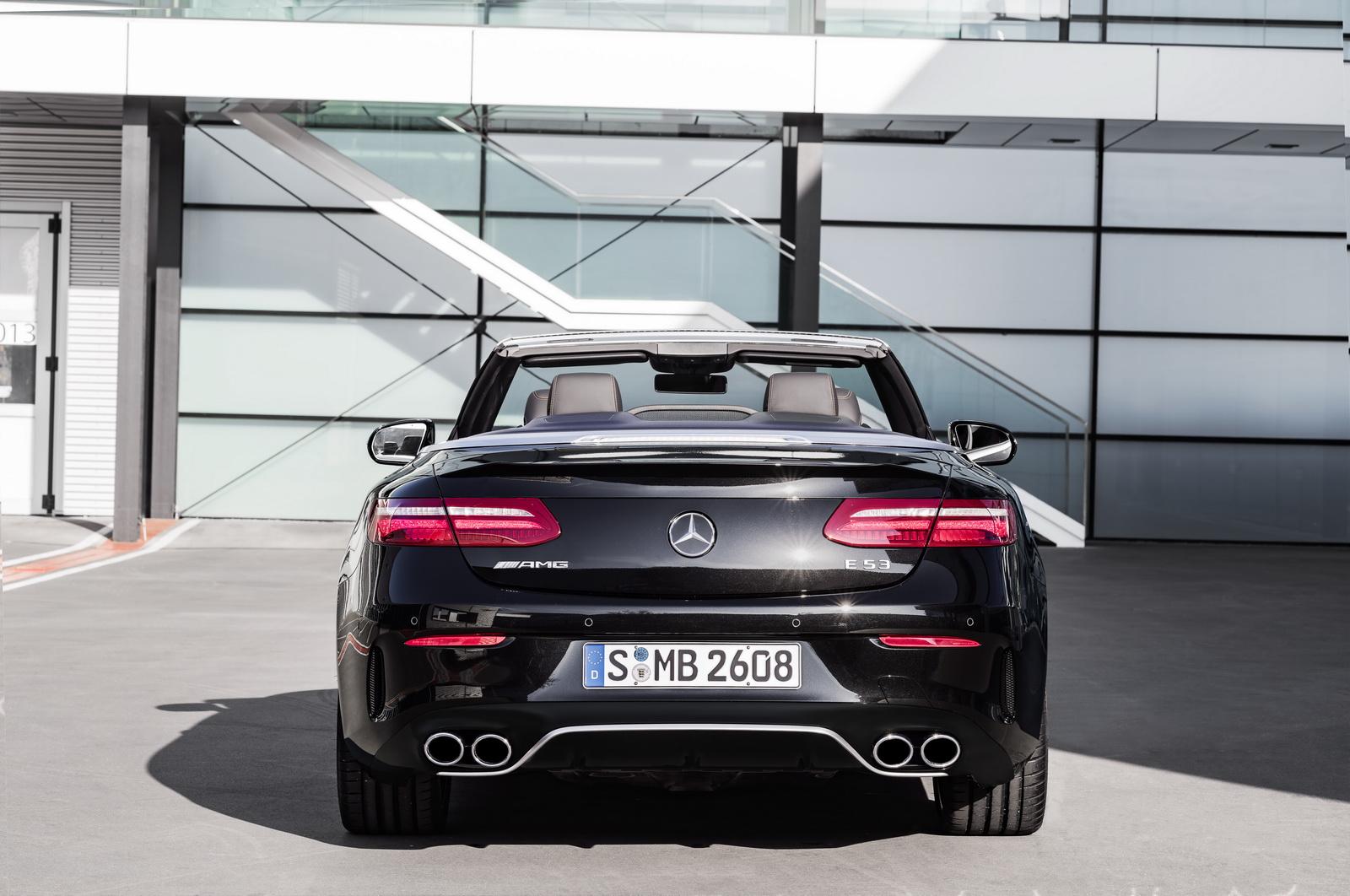 Mercedes-AMG E 53 Exterieur: Obsidianschwarz metallic //Exterior: Obsidian black metallic