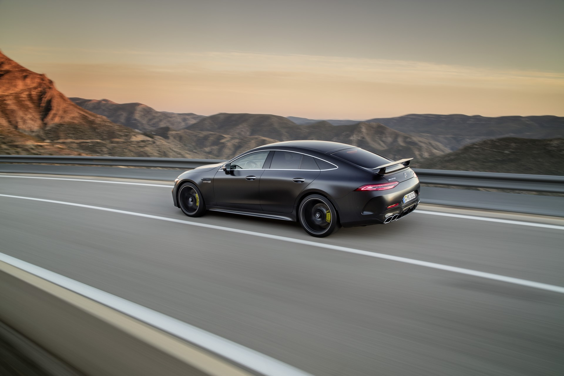 Mercedes-AMG GT 63 S 4MATIC+ 4-Türer Coupé