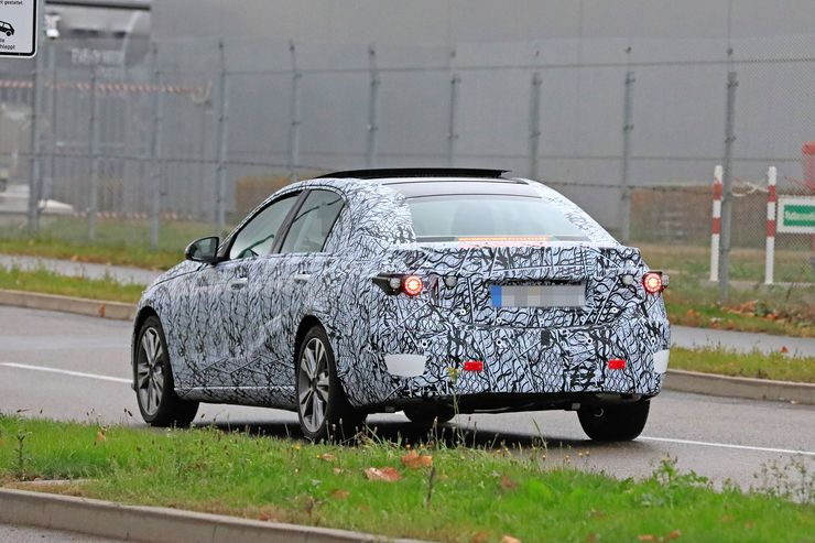 Mercedes C-Clas 2021 spy photos (18)