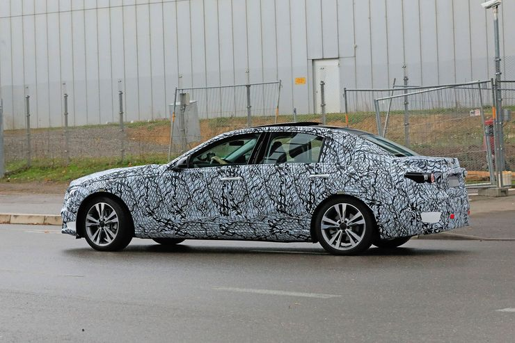Mercedes C-Clas 2021 spy photos (6)