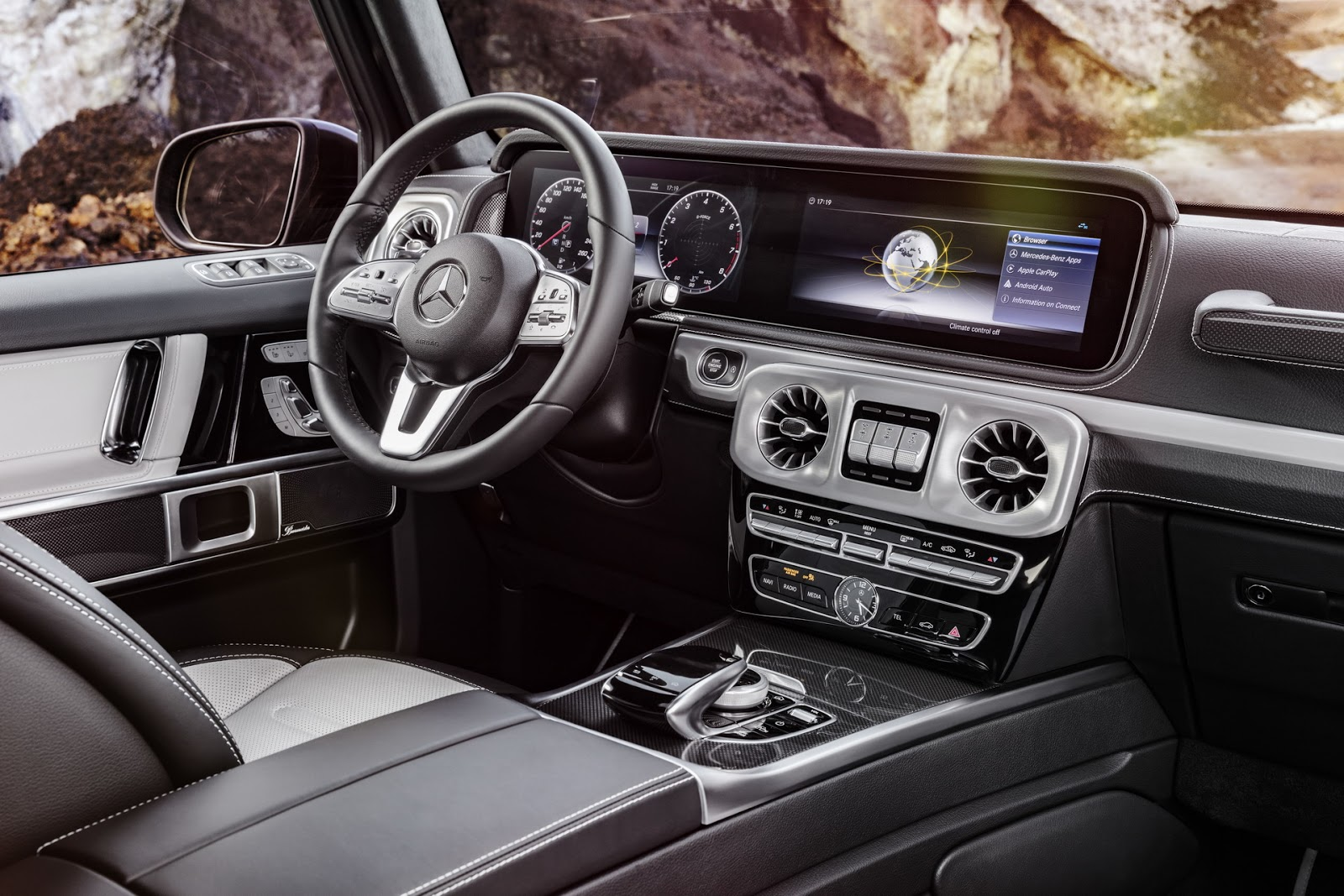Mercedes-Benz G-Class 2018 (38)