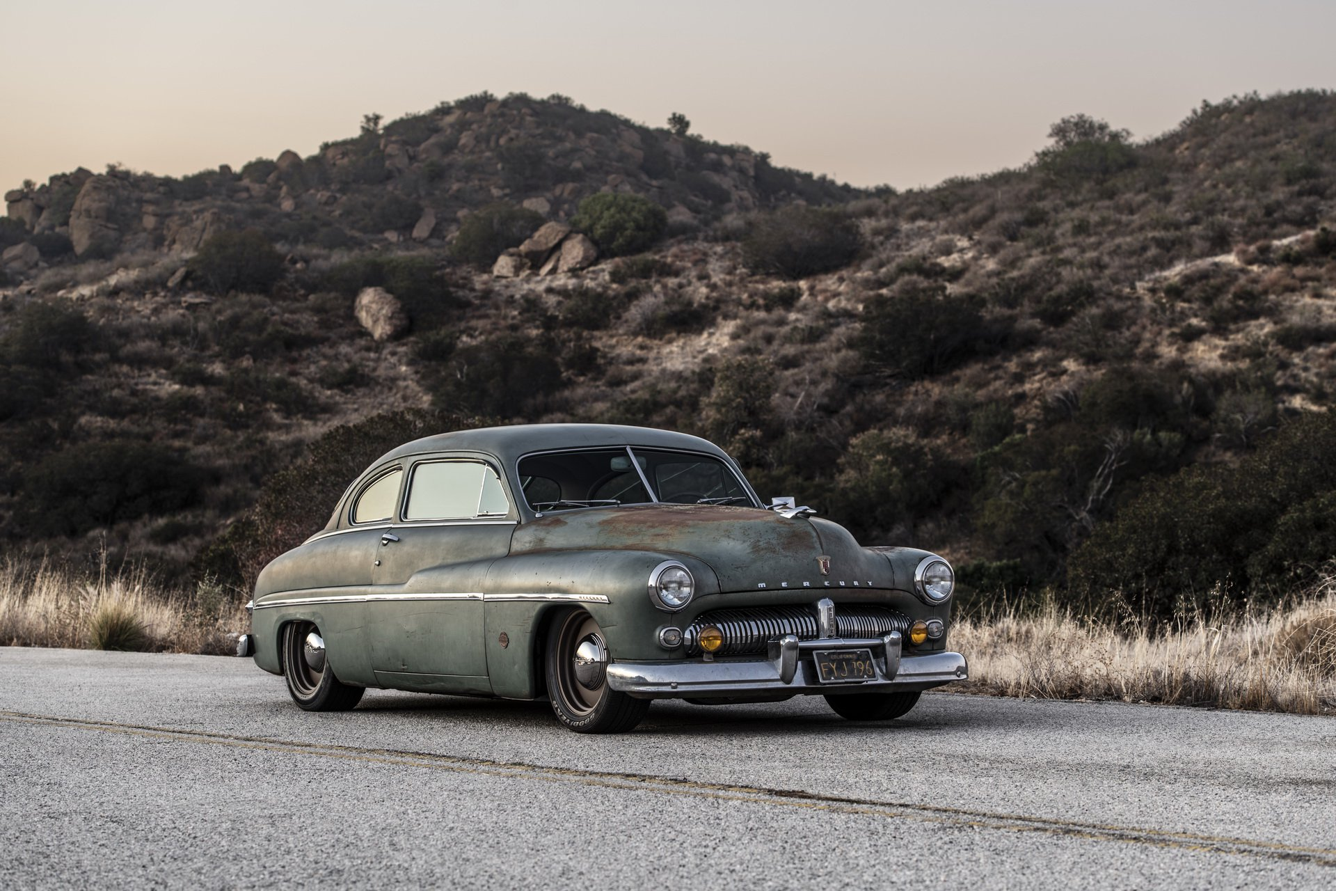 Mercury Coupe 1949 electric by Icon (34)